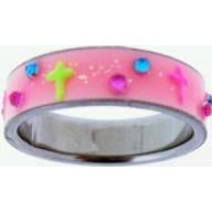 UV krížik ružový - prstienok z chirurg. ocele (PS07)
