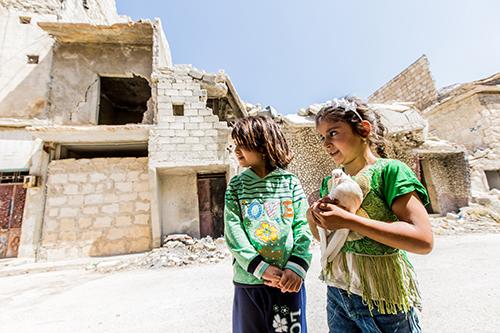 Detské utečenkyne v Allepe (Sýria)